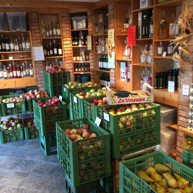 Most und Obst im Ab-Hof Verkauf am Stockingergut in Gunskirchen bei Wels